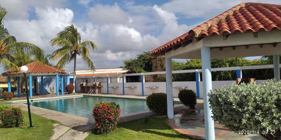 Townhouse En Ciudad Flamingo Conjunto Bahia Paraiso