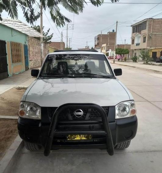 Nissan 4*2 Del 2011 Gasolinera