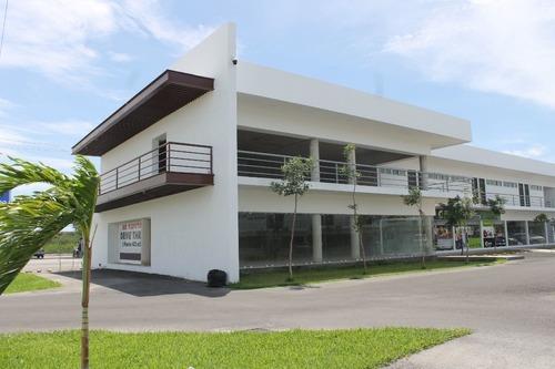 Local En Renta Plaza Malak, Av. Yucatán