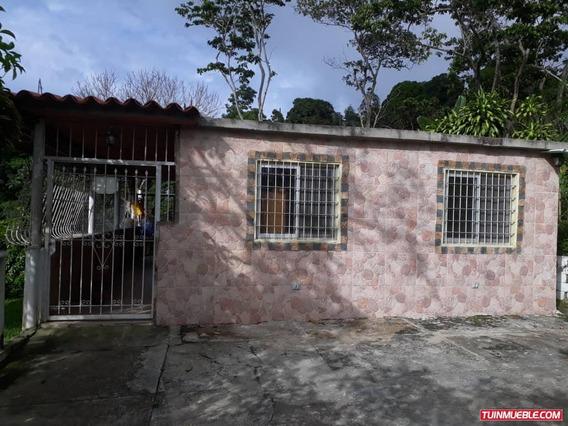Casas En Venta En Carayaca Cv-cry002