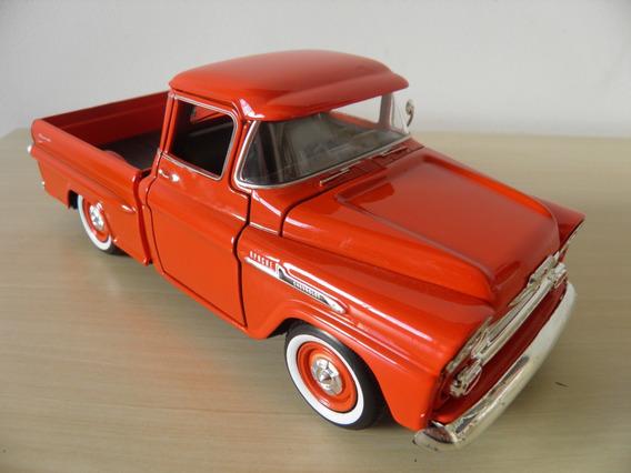 Chevy Apache 1958 Fleetside Pickup - Escala 1/24 - Motor Max