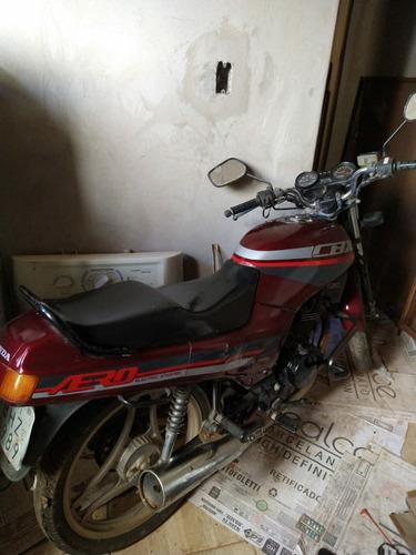 Imagem 1 de 7 de Honda 90/90