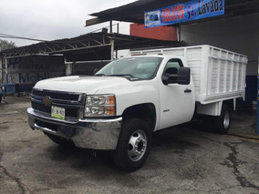 Chevrolet 3500 Lujo