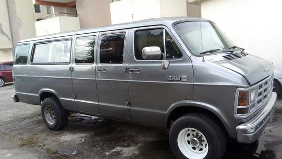 Dodge Ram Van Automatica