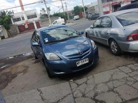 Toyota Yaris Xli Sedán Full