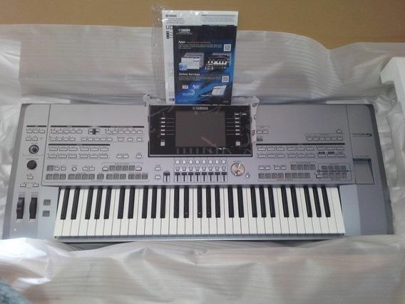 Yamaha Tyros 5 61-key Digital Workstation