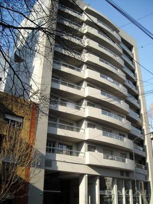 Departamento En Alquiler En La Plata Calle 5 E/ 44 Y 45 Dacal Bienes Raices