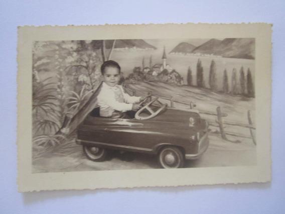 Foto Antiga Brinquedo Carrinho