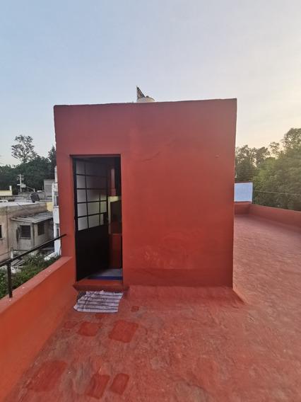 Habitación Equipada Con Baño Para Una Persona