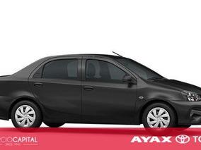 Toyota Etios X 2018 Negro 0km