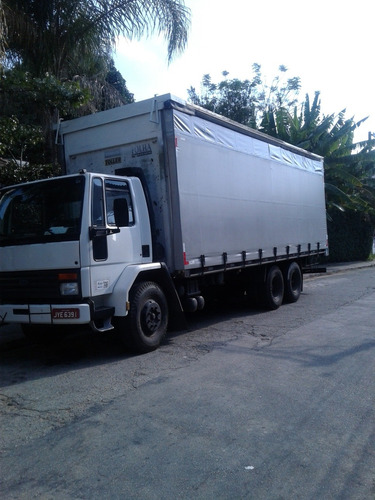 Imagem 1 de 8 de Fordd Cargo  1215