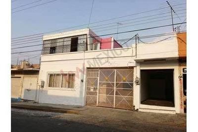 Casa En Venta Con Local A Unos Pasos De La 9a. Sur