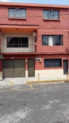 Casa En Venta Con 4 Departamentos En Gustavo A. Madero