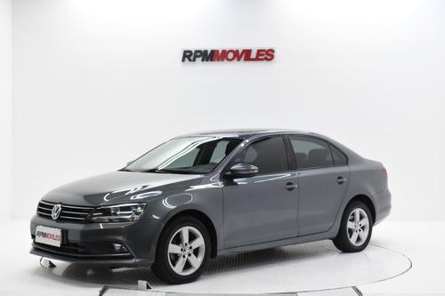 Volkswagen Vento 1.4t Comfortline Manual 2017 Rpm Moviles