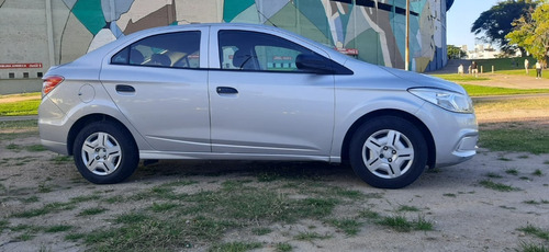 Chevrolet Prisma. Permuto/financio.