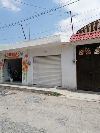 Casa + 12 Locales Rentados Juan De La Barrera, Oprtunidad!!!
