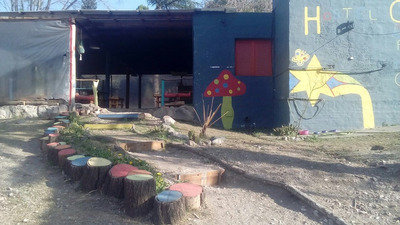 Hostel, 6 Habitaciones C/baño Privado, Y 2 Baños En Camping.
