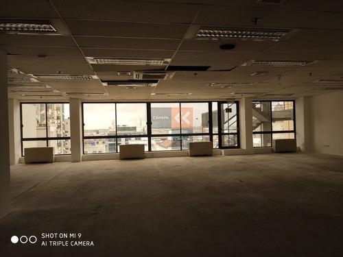 Oficinas De Gran Tamaño En Alquiler En Plaza Independencia- Ref: 7301