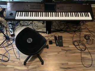 Brand New Korg Kronos Ls 88 Semi-weighted Keys Keyboard