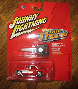 Corvette Chevy Thunder Johnny Lightning Escala 1:64