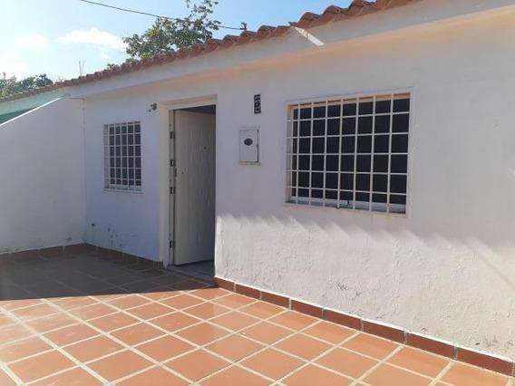 Casa En Venta Jose Gregorio, Flex:20-616, Ng