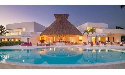 Exquisite Oceanfront Luxury Property - Punta Mita - Casa Aquila