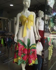 Conjunto De Falda Estampada Y Blusa