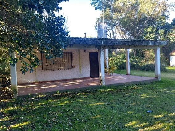 Casa En Bella Vista A La Venta, Opcion Pago En Pesos !!