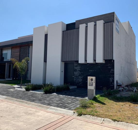 Venta De Casa Residencial En El Fraccionamiento Dolores En Pachuca