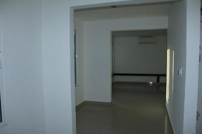 Oficinas En Arriendo Manga 665-379
