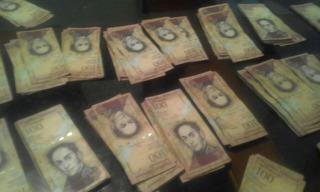 3 Billetes Coleccion De 100 Bolivares Fuertes Seriales Todos