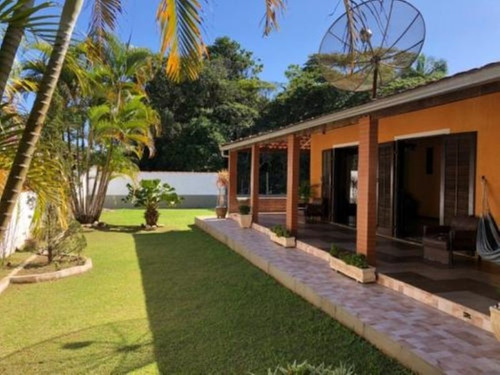 Ótimo Terreno No Litoral Sul, Com 3 Dormitórios Em Itanhaém