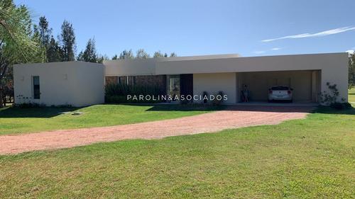 Casa En Venta Barrio Privado El Quijote- Ref: 2273