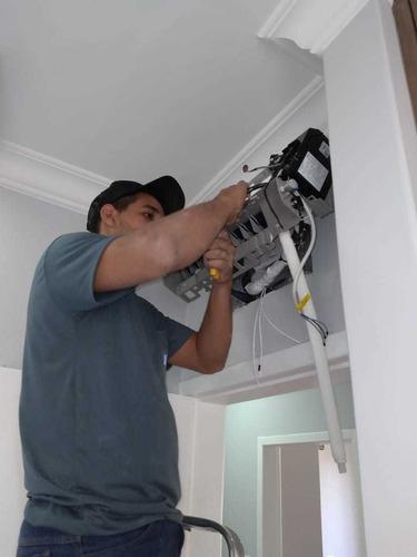 Imagem 1 de 5 de Instalação E Manutenção De Ar-condicionado