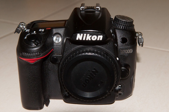 Câmera Fotográfica Nikon D7000+d90 + Lente 17x55 2.8 + Flash