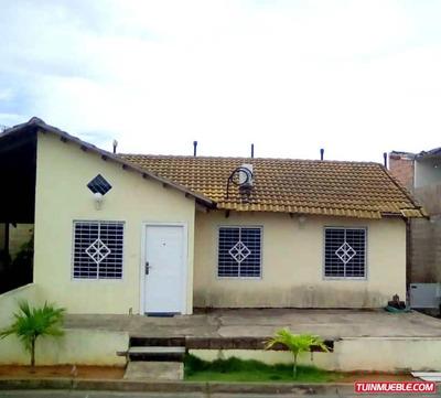 Townhouse En Venta En Guayana Country