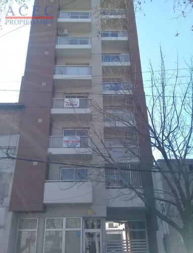 Imagen 1 de 2 de Cochera - Urquiza 4378