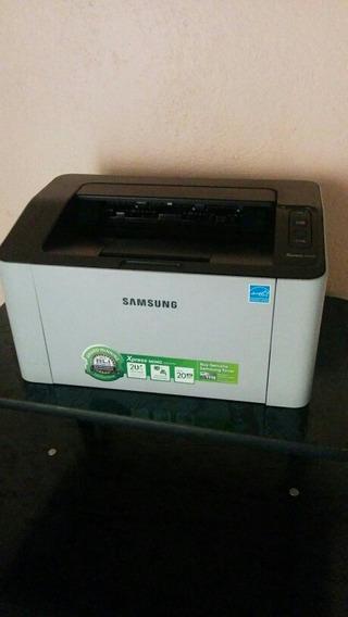 Impresora Samsung Monocromática M2020