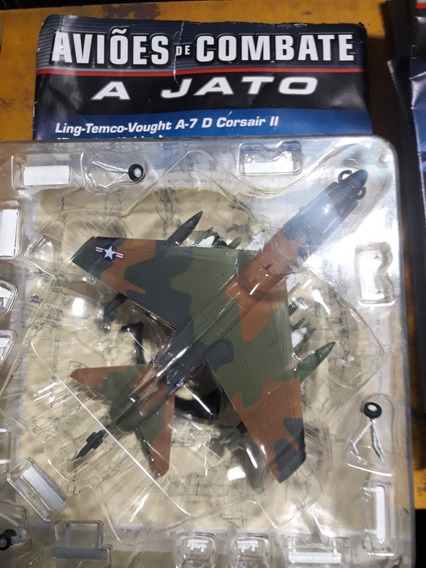 Miniatura Jato De Combate A 7 Corsair