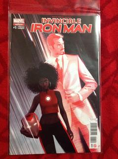 Marvel Comics Invincible Iron Man #1 Portada Variante Grapas