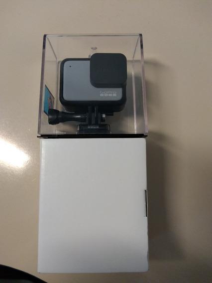 Câmera Gopro Hero 7 White Sem Uso E Com Acessórios