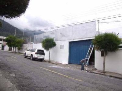 Bodega - Galpon Norte De Quito - En Venta