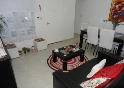 Venta. Dúplex De Un Dormitorio Con Garage. Zona Obras Sanitarias.