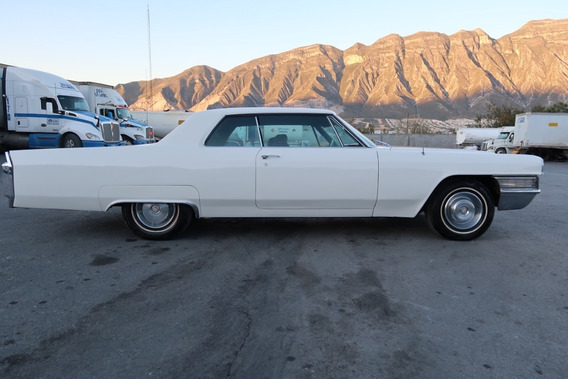 Cadillac Cupe Deville 1965 Clasico