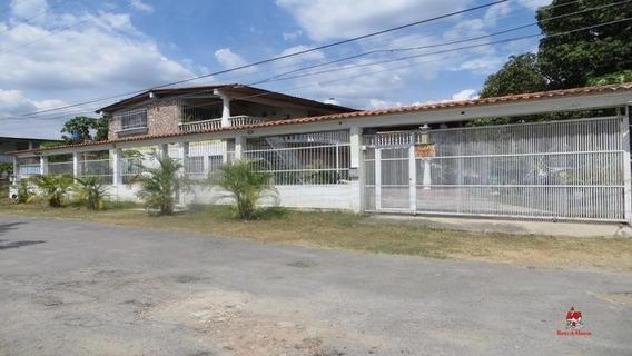 Casa En Venta En Las Afueras De Turmero Cod-20-6588. Lav