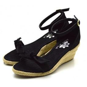168aa156be8 Sandalia Laço Preta Com Salto Medio - Sapatos no Mercado Livre Brasil