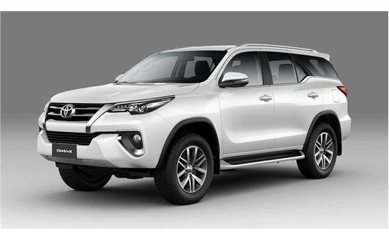 Toyota Hilux Sw4 2.7 Srv 7 Lugares 4x2 16v Flex 4p Automátic
