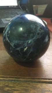 Piedra Sodalita Gran Tamaño Forma De Esfera 770 Gramos !!!!