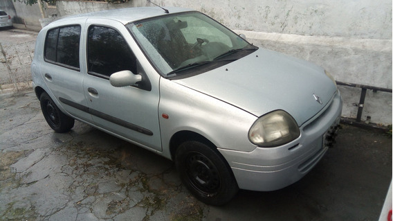 Renault Clio 2002 1.0 16v Rl 5p
