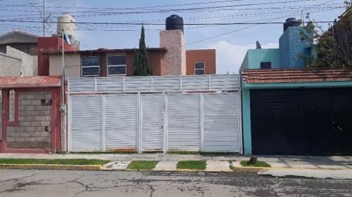 Casa Sola En Renta Sobre Av. Principal En Villas De Pachuca.